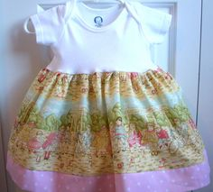 Vintage kids appear on printed cotton dress size 3 mos. by LocalLucy, $15.00