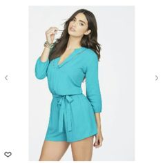 BNWT ROMPER V NECK BNWT KEYHOLE BACK ROMPER SIZE XS  GREEN MORE LIKE TEAL COLOR  I NORMALLY WEAR S AND M OR THE SM SIZE CLOTHES THIS FITS AND STILL HAS ROOM   15% DISCOUNT SINGLE ITEM TODAY 20% DISCOUNT OFF 3 BUNDLE Tops