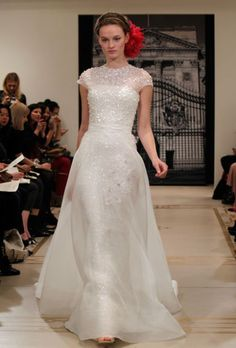 The Top 17 Most Fantabulously Gorgeous Wedding Dresses of 2011! (Swoon x 1,000!) Which Is Your Favorite? : Save the Date