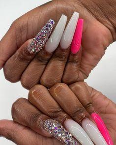 How to choose your fake nails? - My Nails Drip Nails, Aycrlic Nails, Glam Nails, Neon Nails, Cute Nails, Manicure, Nail Nail, Ongles Bling Bling, Bling Nails