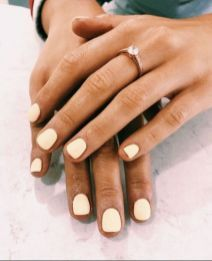 Prettiest Summer Nail Colors of 2019 All of the best summer nails (summer nail colors) that are in right now! I love gorgeous nails as much as the next girl and always want to know what to pick during my next summer manicure. If you're looking for easy Yellow Nails Design, Yellow Nail Art, Color Yellow, Red Nail, Pink Nail, Diy Nails, Cute Nails, Pretty Nails, Cute Simple Nails