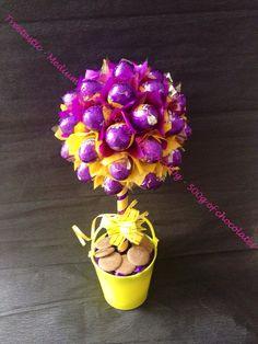 Medium sweet tree - 500g of Cadburys caramel eggs