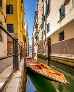 #vsco #vscocam #vscogram #instaphoto #picoftheday #instaday #vscofolk #igers #venice #vscogang #bestofvsco #vscodaily #lifeofadventure #liveauthentic #livefolk #artsofvisual #visualsoflife #wanderfolk #peoplescreatives #visualarchitects #justgoshoot #letsgosomewhere #exploreeverything  #neverstopexploring #visualsgang #explore #adventure #socalty #boat