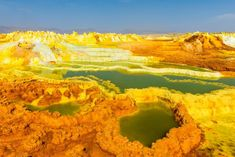 5 destinations own surreal beauty on earth include: Atacama Desert, Wadi Rum, Salar de Uyuni, Naica mine, Danakil pan basin. Travel Around The World, Around The Worlds, Human Painting, Sulphur Mountain, Wadi Rum, Alien Worlds, Adventure Is Out There, Natural Wonders, Hot Springs
