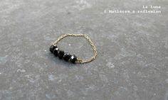 BLACK DIAMOND // La Luna solitaire 18k gold ring @ Matières à réflexion