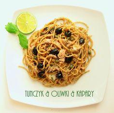 Spaghetti z tuńczykiem, oliwkami i kaparami