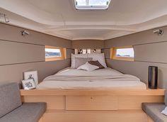 Beneteau Oceanis 38 cabin