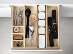 Poggenpohl Accessories - Drawer with spice jar bank and cutlery insert - maple