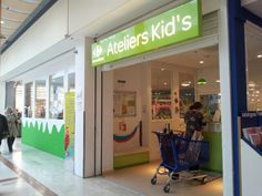 Kids club in Carrefour - helping mothers to relax while shopping