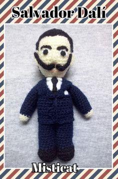 Salvador Dali  muñeco amigurumi! ....Misticat!!
