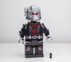 Giant Man and Ant Man. #lego #afol #legogram #legostagram #legoinstagram #legophoto #legophotography #legography #legomarvelsuperheroes #legocivilwar #legogiantman #legoantman by sk_bricks