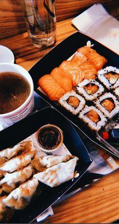 Sushi, Food N, Food And Drink, Asian Recipes, Healthy Recipes, Food Snapchat, Snapchat Ideas, Tumblr Food, Snap Food