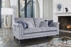 Visit our Glasgow showroom for luxury sofas and living room furniture. Stockists of Fama, John Sankey, Cattelan Italia and other luxury brands. Furniture Showroom, Living Room Furniture, Furniture Design, New Interior Design, Interior Styling, Types Of Sofas, Sofa Legs, Classic Sofa, Luxury Sofa