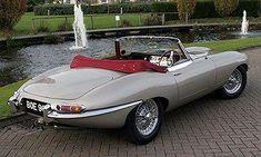 1961 Jaguar E-Type Roadster Vintage Sports Cars, British Sports Cars, Cool Sports Cars, Sport Cars, Cool Cars, British Car, Jaguar Xk, Jaguar E Type, Jaguar Cars