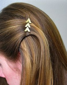 Gold arrow bobby pins + many other bobby pin DIYs