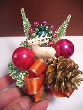 VINTAGE CHRISTMAS CORSAGE, ORIG. BOX, CELLULOID DEER, MERCURY BALLS