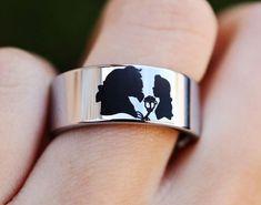 Disney Engagement Rings, Disney Wedding Rings, Disney Rings, Cool Wedding Rings, Wedding Ring Bands, Disney Weddings, Disney Jewelry, Beauty And The Beast Wedding Theme, Beauty And The Beast Tattoo