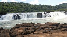 Salto do Yucumã-  maior conjunto de quedas d'água  longitudinal  do mundo. Extensão:  1800 m. Altura: 7000 m. Derrubadas-  RS