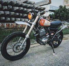 On BikeBound.com: Yamaha XT600 by @tntcustom of Vietnam. Inspired by vintage enduros / mxers.Link in Profile :: #xt600 #enduro #dualsport #scrambler #tracker #dirtbike #thumper #builtnotbought