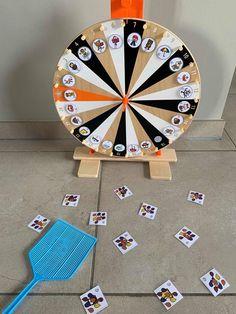Wheel Of Fortune, Keith Haring, Phonics, Spelling, Origami, Kindergarten, Kids Rugs, Letters, Games