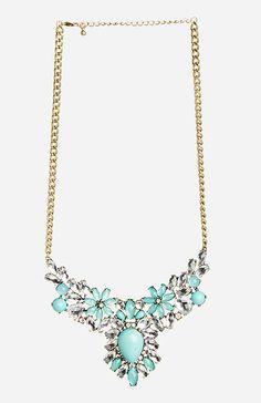 Antiqued Floral Gem Necklace in Mint