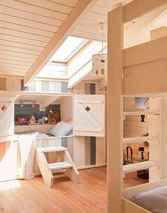 Aménagement combles - lit cabane sur mesure