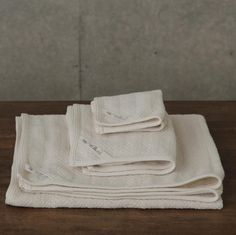 """Super-soft and absorbent cotton bath towels woven in a herringbone pattern. Each size sold separately. bath: W 70cm x L 120cm / 29'' x 48'' hand: W 35cm x L 75cm / 13.5"""" x 29"""" wash: 25cm square / 9.5"""""""
