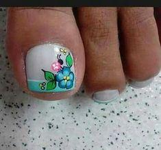 Azul Cute Pedicure Designs, Toe Nail Designs, Cute Nails, Pretty Nails, Nail Picking, New Nail Art Design, Summer Toe Nails, Flower Nail Art, Toe Nail Art