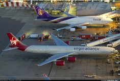 Virgin Atlantic Airbus A340-642 and Thai Airways International Boeing 747-4D7 (Airliners.net)