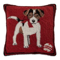 When I see a Jack Russell dog, I often think of the dog Eddie on the television show Frasier. Puppy Crafts, Sturbridge Yankee, Rug Hooking, Locker Hooking, Animal Rug, Jack Russell Dogs, Fall Pillows, Hand Hooked Rugs, Craft Punches