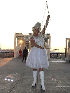 Practical Inspiration for Entertainers & Event Planners : Bubble blowing entertainment character by Catalyst Arts Wedding Entertainment, Entertainment Ideas, Event Themes, Event Ideas, Living Statue, Event Planning Tips, Walkabout, Character Costumes, Corporate Events