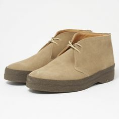 Sanders Hi Top Dirty Buck Chukka Boot Suede Shoes, Leather Shoes, Clarks Boots, Mens Boots Fashion, Fashion Shoes, Shoe Room, Dress With Boots, Shoes Men, Men's Shoes