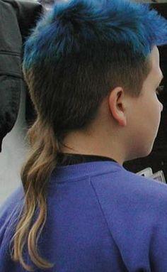 Nephew's h  Ich war schon früher froh NICHT so einen Haarschnitt gehabt zu haben.