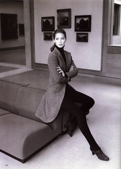 'enter the elegance'/'fall's refined elegance' model: christy turlington design: ralph lauren collection photo: patrick demarchelier for harper's bazaar Christy Turlington, Patrick Demarchelier, Look Fashion, 90s Fashion, Vintage Fashion, Modest Fashion, Linda Evangelista, Cindy Crawford, Photography Poses