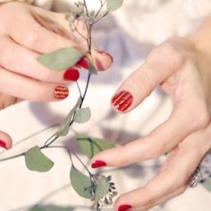 Create this fun and festive glitter striped holiday manicure with glitter glue!