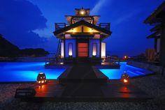 死ぬまでに一度は見るべき!「中部地方」の美しすぎる絶景8選 1枚目の画像Ramp no Yado, Ramp Inn, 450 years old hot spring hotel by the cape of Sei iki, Ishikawa, Japan