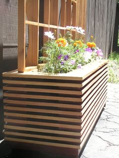 This planter box design queues are Techno Optimism. The face stock is vertical grain douglas fur, finished with a high buffed shellac and red highlights. The interior and insert planter boxes are made Patio Planters, Herb Planters, Wooden Planters, Planter Box Designs, Planter Boxes, Backyard Garden Design, Lawn And Garden, Modern Landscaping, Backyard Landscaping