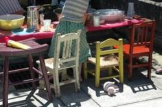 vintage kids chairs.  must do next year when kids are old enough to sit in chair