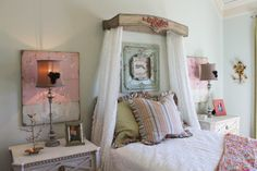 How to make shabby chic bed canopy, better than netting. Made from antique wood pieces, and curtains. See how at theraggedwren.blogspot.com