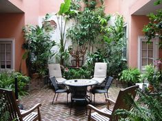 French Quarter Vacation Rental - VRBO - 0 BR New Orleans Apartment in LA, Heart of the French Quarter - Luxury Courtyard Suite Apt Outdoor Balcony, Outdoor Spaces, Outdoor Living, Outdoor Decor, Balcony Gardening, New Orleans Apartment, New Orleans Homes, Porches, New Orleans Vacation