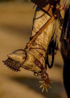 Ruli Bidart - categoría Lomillo de Sogas Rio Grande Do Sul, Cavalo Wallpaper, Cowboy Gear, Horse Artwork, Real Cowboys, Bull Riding, Historical Costume, Western Art, Saddles