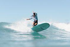 Découvrez la marque de surfwear technique Lore mademoiselle of the sea pour surfer avec élégance: wetsuits, leggings, surf tees, ...
