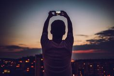 How Taking Photos Affects Your Memory of the Moment Later On -- Science of Us