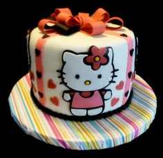Hello Kitty By ycknits on CakeCentral.com