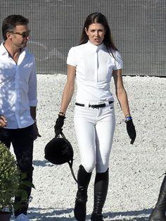 Ganz in Weiß verzauberte sie das Publikum.