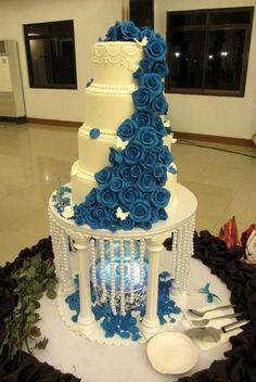 Blue Rose! WEDDING CAKE