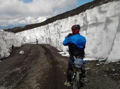 Etna Mountain bike tour Si inizia la discesa verso piano Provenzana lato Nord