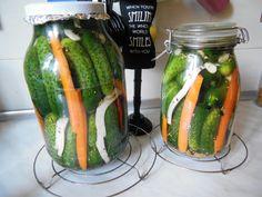 Reteta culinara Castraveti murati pentru iarna din categoria Muraturi. Cum sa faci Castraveti murati pentru iarna Pickles, Cucumber, Zucchini, Foods, Vegetables, Canning, Food Food, Food Items, Vegetable Recipes