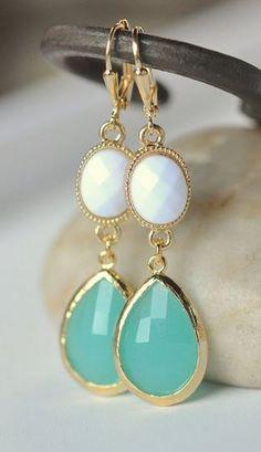 Gorgeous!| http://preciousdiamondgallery.13faqs.com