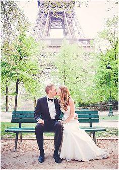 Elopement Paris  | Image by Yolanda Villagran, read more http://www.frenchweddingstyle.com/wedding-at-chapelle-expiatoire-paris/